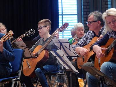 Probe des Guitar-Mass-Orchestra (Foto: Privat)